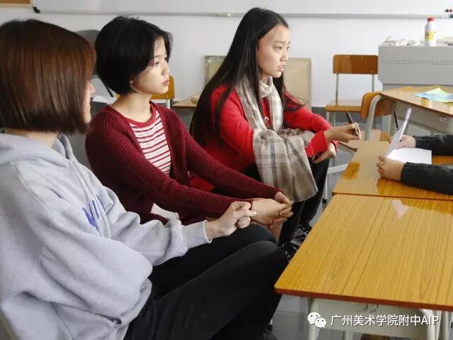 杨泽宇 李佳桐 刘雨梵同学